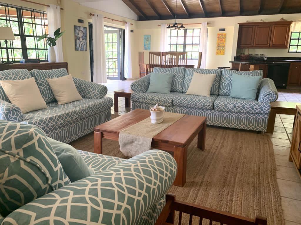 Villa Teak Living Room